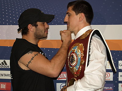 Hugo Hernan Garay, Marco Huck Sauerland Event.
