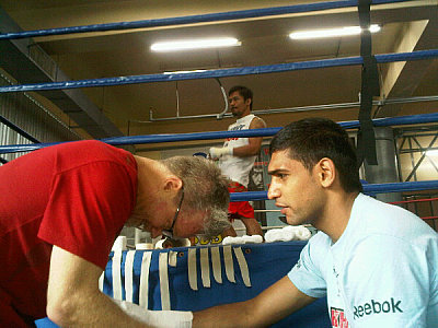 Freddie Roach, Amir Khan Team Khan.
