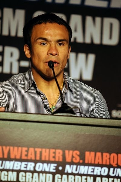 Juan Manuel Marquez Claudia Bocanegra.