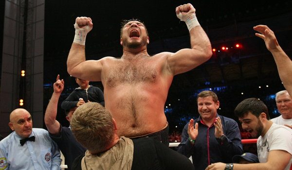 Uzbekistan's Chagaev wins WBA title against US boxer Oquendo