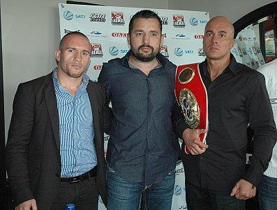 Mike Keta, Ahmet Öner, Benjamin Simon ©ARENA