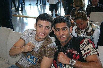 Julio Cesar Chavez Jr., Amir Khan ©Paddy Cronan/ONTHEGRiND BOXiNG.