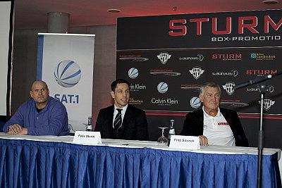 Clive Salz, Felix Sturm, Fritz Sdunek ©Sturm Box-Promotion.