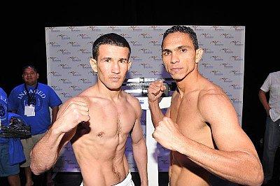 Chris Avalos, Yenifel Vicent ©Carlos Baeza - Thompson Boxing.