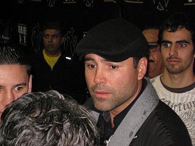 Oscar De La Hoya ©Suge Green/ONTHEGRiNDBOXiNG.