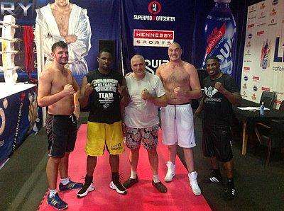 Hughie Fury, Dillian Whyte, Peter Fury, Tyson Fury, Michael Sprott ©Hennessy Sports.