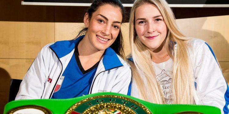 Foto SES Boxing Fabiana Bytyqi und Lucie Sedlackova