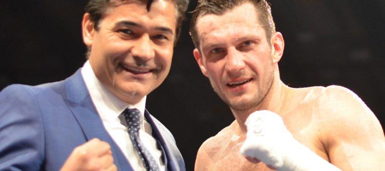 Foto EC Boxing_Ceylan_Mikhalkin
